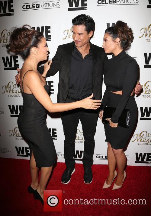 Eva Longoria, Mario Lopez and Courtney Mazza 8