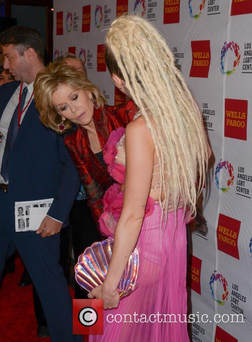 Jane Fonda and Miley Cyrus 4