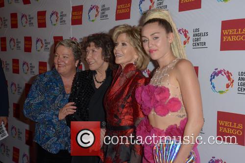 Lorri L. Jean, Lily Tomlin, Jane Fonda and Miley Cyrus 8