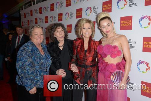 Lorri L. Jean, Lily Tomlin, Jane Fonda and Miley Cyrus 9