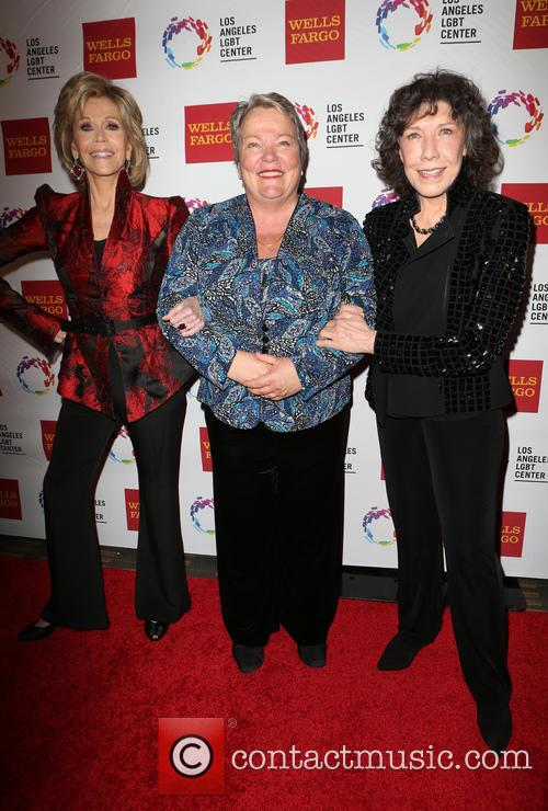 Jane Fonda, Lorri L. Jean and Lily Tomlin 9