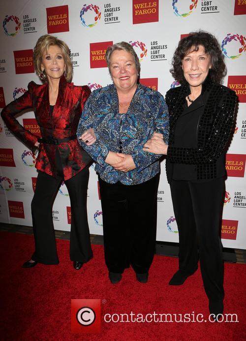 Jane Fonda, Lorri L. Jean and Lily Tomlin 11