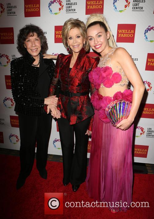Lily Tomlin, Jane Fonda and Miley Cyrus 3