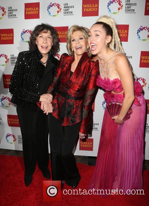 Lily Tomlin, Jane Fonda and Miley Cyrus 5