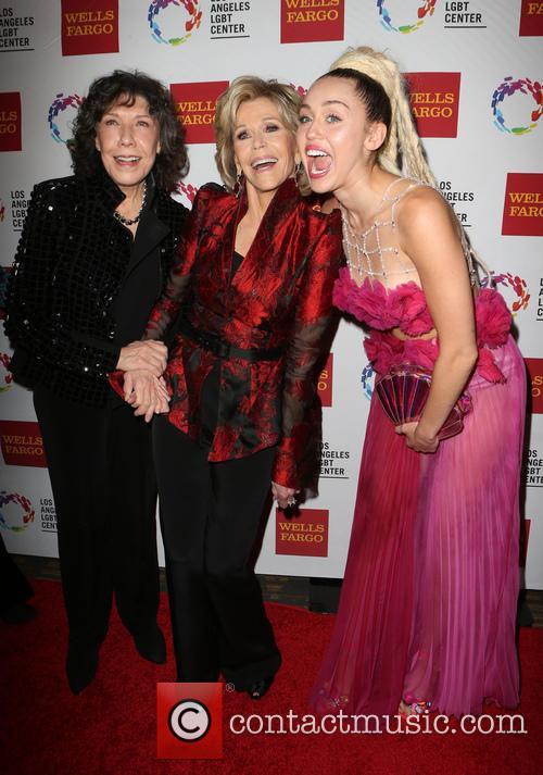 Lily Tomlin, Jane Fonda and Miley Cyrus 6