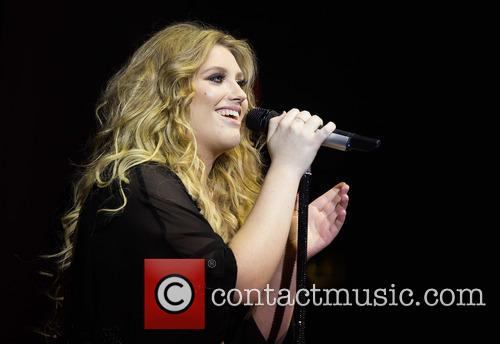 Ella Henderson 1