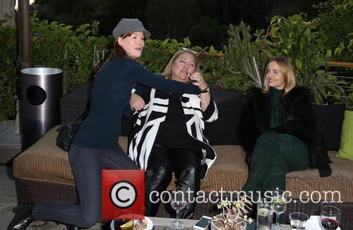 Kathleen York, Lucy Webb and Mena Suvari 2