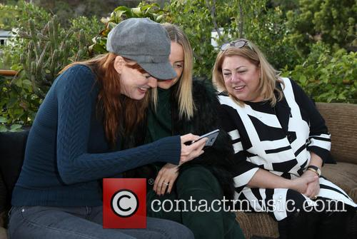 Kathleen York, Mena Suvari and Lucy Webb 7