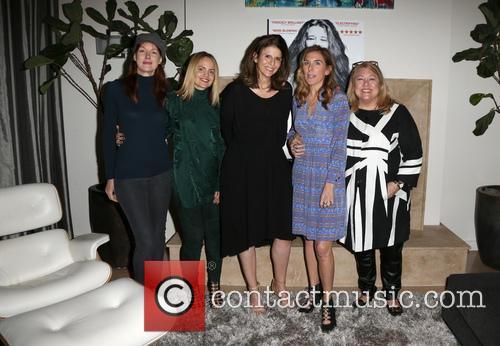 Kathleen York, Mena Suvari, Amy Ziering, Amy J. Berg and Lucy Webb 10