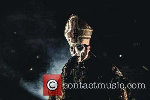 Papa Emeritus 4