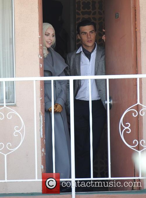 Lady Gaga and Finn Wittrock 9