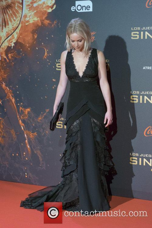 The Blunder Games: Timeline Of Jennifer Lawrence Red Carpet Falls