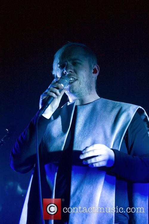 Everything Everything and Jonathan Higgs 6