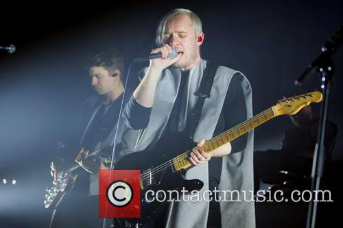 Everything Everything and Jonathan Higgs 10
