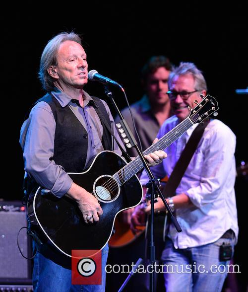 Dewey Bunnell and Gerry Beckley 6