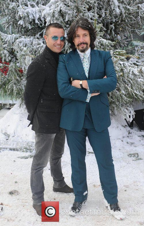 Gino Da'campo and Laurence Llewelyn Bowen 9