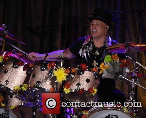 Narada Michael Walden and Narada Michael Walden Band 8