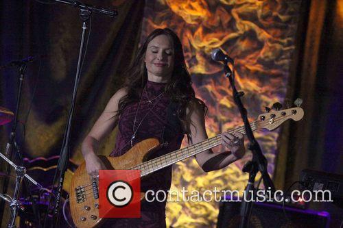 Angeline Angelfunk Saris and Narada Michael Walden Band 4
