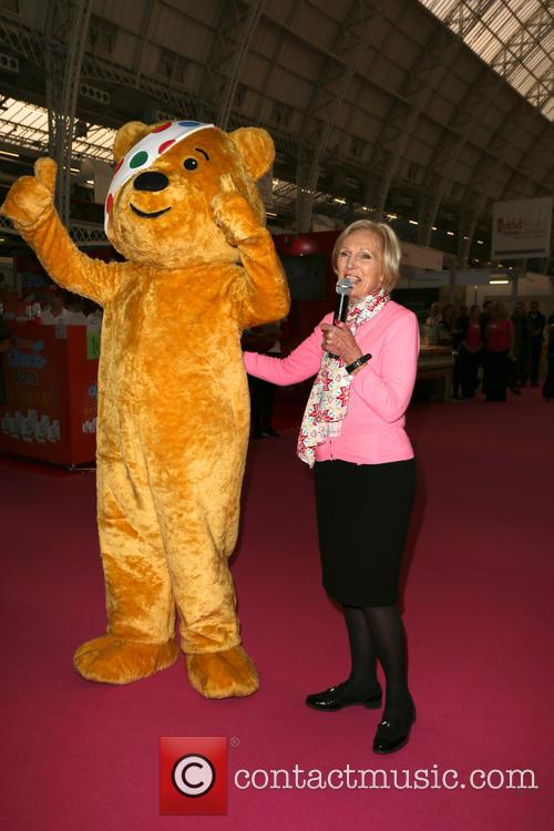 Mary Berry and Pudsey 3