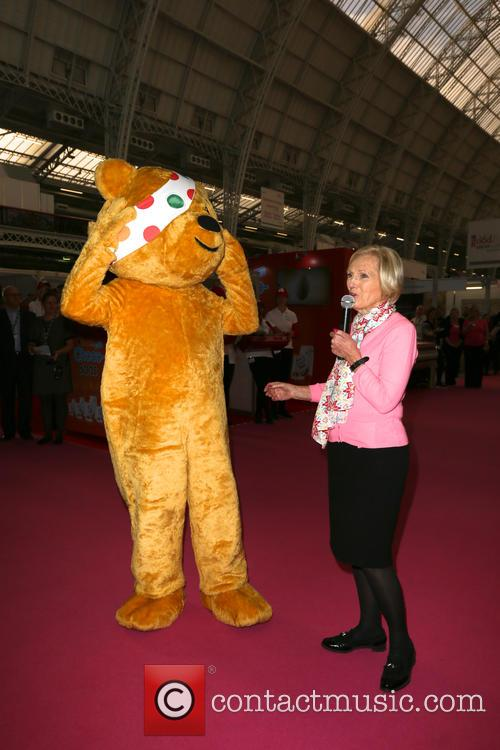 Mary Berry and Pudsey 5