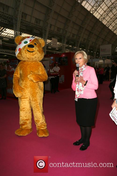 Mary Berry and Pudsey 7