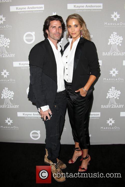 Greg Lauren and Elizabeth Berkley 8