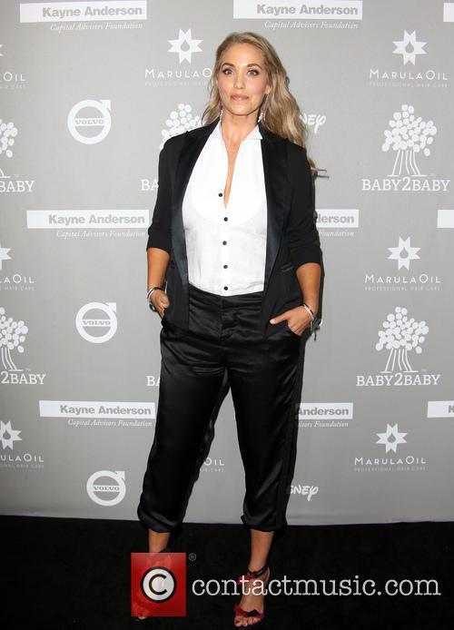 Elizabeth Berkley 6