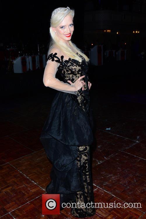 Lana Holloway 11