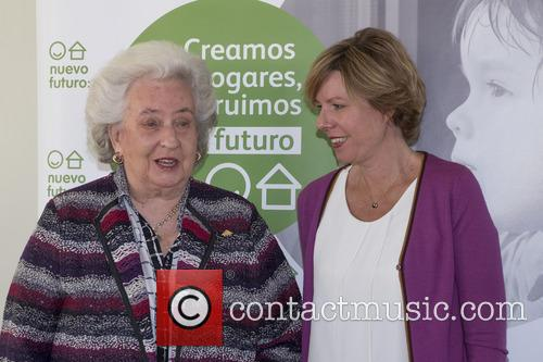 S.a.r. Princess Pilar De Borbon and Simoneta Gómez Acebo 5