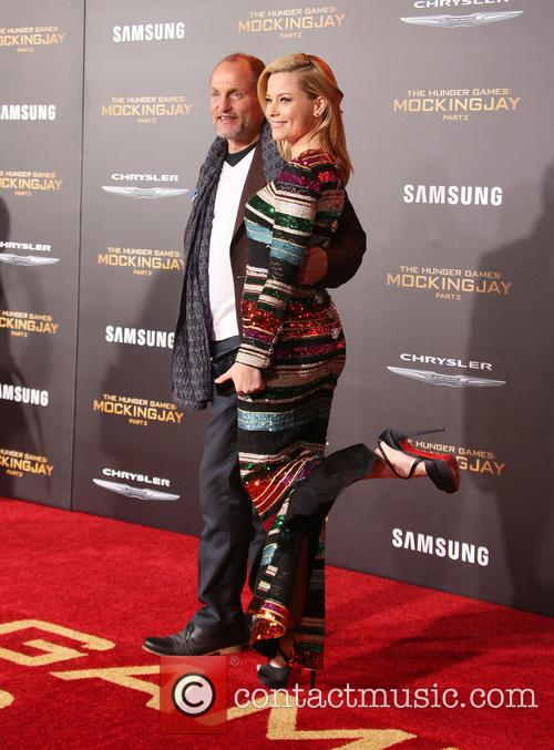 Elizabeth Banks and Woody Harrelson 1