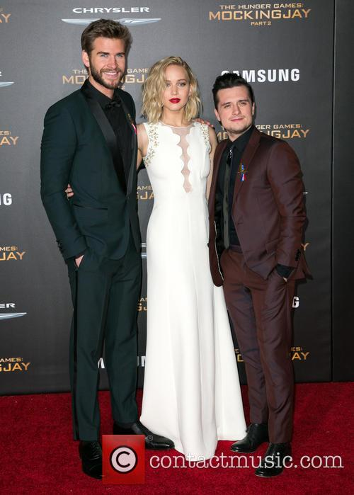 Liam Hemsworth, Jennifer Lawrence and Josh Hutcherson 3