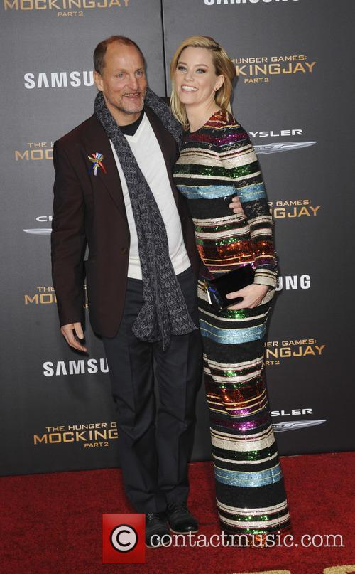 Elizabeth Banks and Woody Harrelson 1