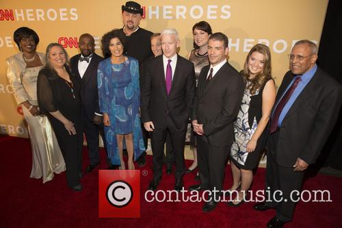 Cnn Heroes and Anderson Cooper 1