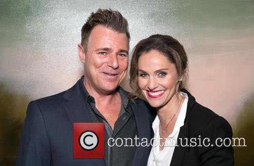 Steve Janssen and Amy Brenneman 1