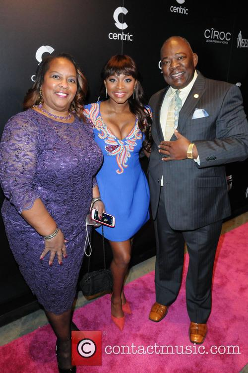 Brenda Naughton, Naturi Naughton and Ezra Naughton 1
