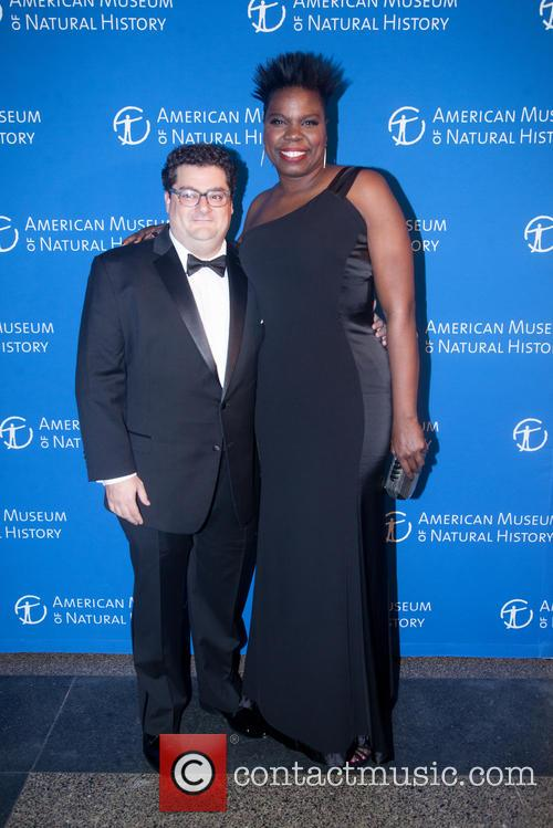 Bobby Moynihan and Leslie Jones 2