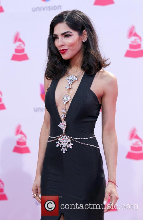 Alejandra Espinoza 5