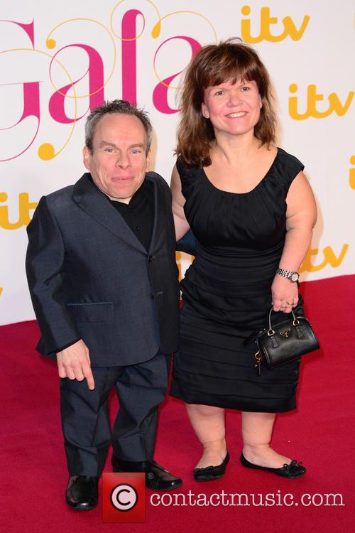 Warwick Davis and Wife 1