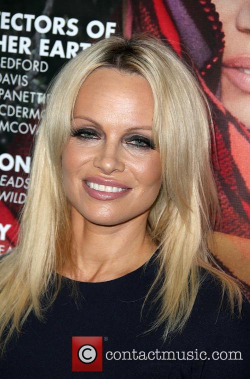 Pamela Anderson 11