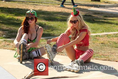 Phoebe Price and Ana Braga 10