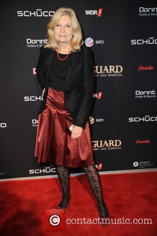 Musical premiere of 'Bodyguard - Das Musical' -...
