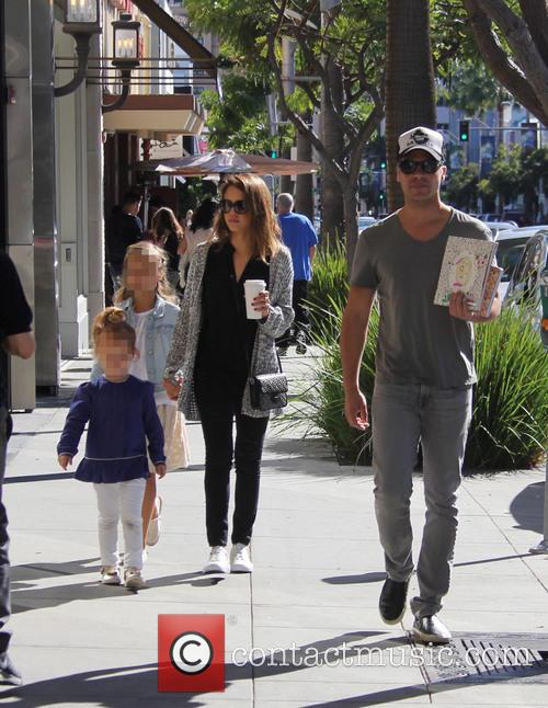 Jessica Alba, Cash Warren, Honor Warren and Haven Warren 3