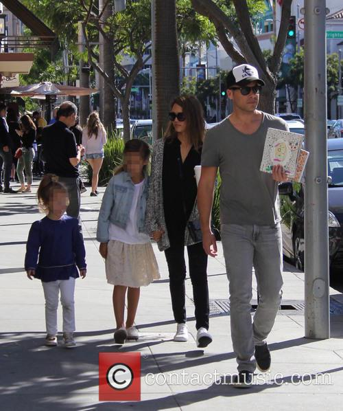 Jessica Alba, Cash Warren, Honor Warren and Haven Warren 7