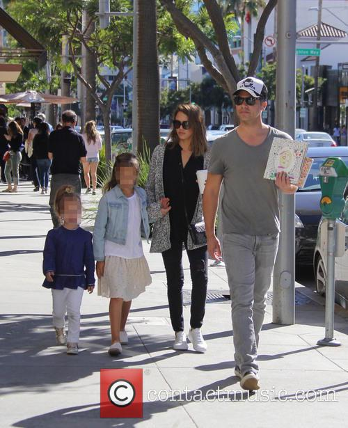 Jessica Alba, Cash Warren, Honor Warren and Haven Warren 8