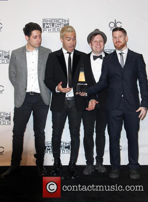 Joe Trohman, Pete Wentz, Patrick Stump, Andy Hurley and Of Fall Out Boy 7