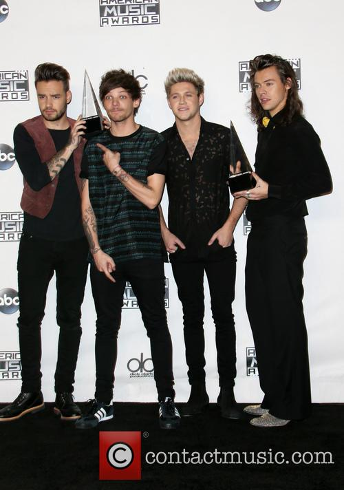 Liam Payne, Louis Tomlinson, Niall Horan, Harry Styles and Of One Direction 5