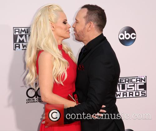 Jenny Mccarthy and Donnie Wahlberg 4