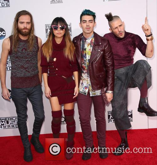 Cole Whittle, Jinjoo Lee, Joe Jonas, Jack Lawless and Dnce 1