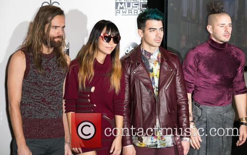 Jack Lawless, Jinjoo Lee, Joe Jonas, Cole Whittle and Dnce 5