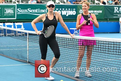 Chelsea Handler and Chris Evert 10
